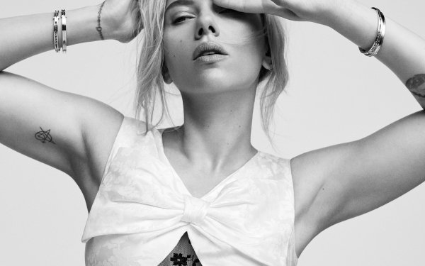 Celebrity Scarlett Johansson Actresses United States American Actress Short Hair Black & White HD Wallpaper   Background Image