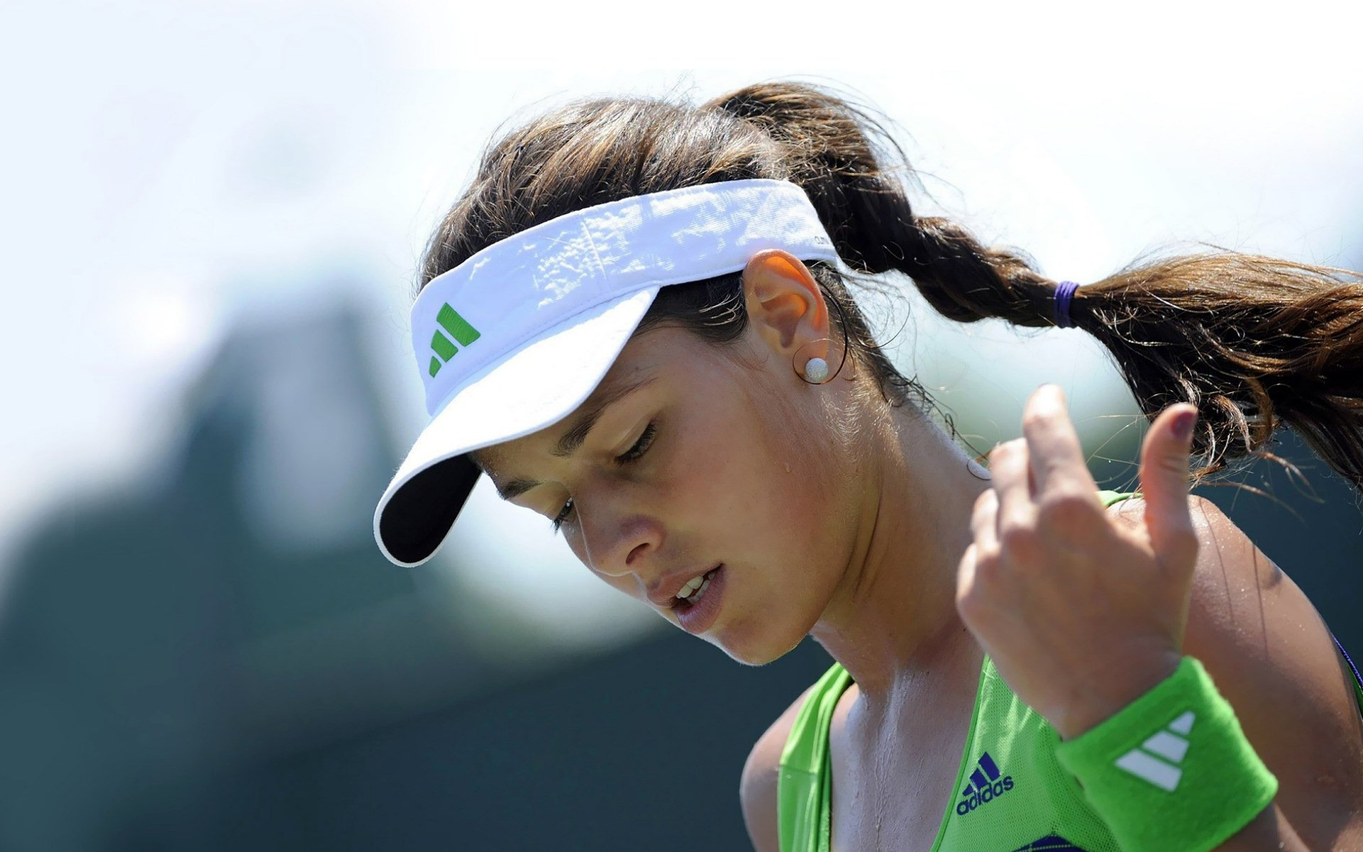 Sport Wallpaper Cute: Ana Ivanovic HD Wallpaper
