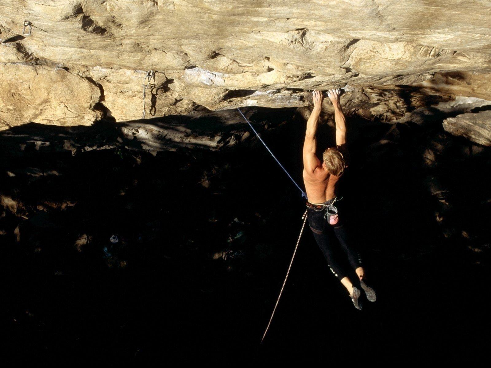 Sports - Climbing  People Extreme Danger Wallpaper
