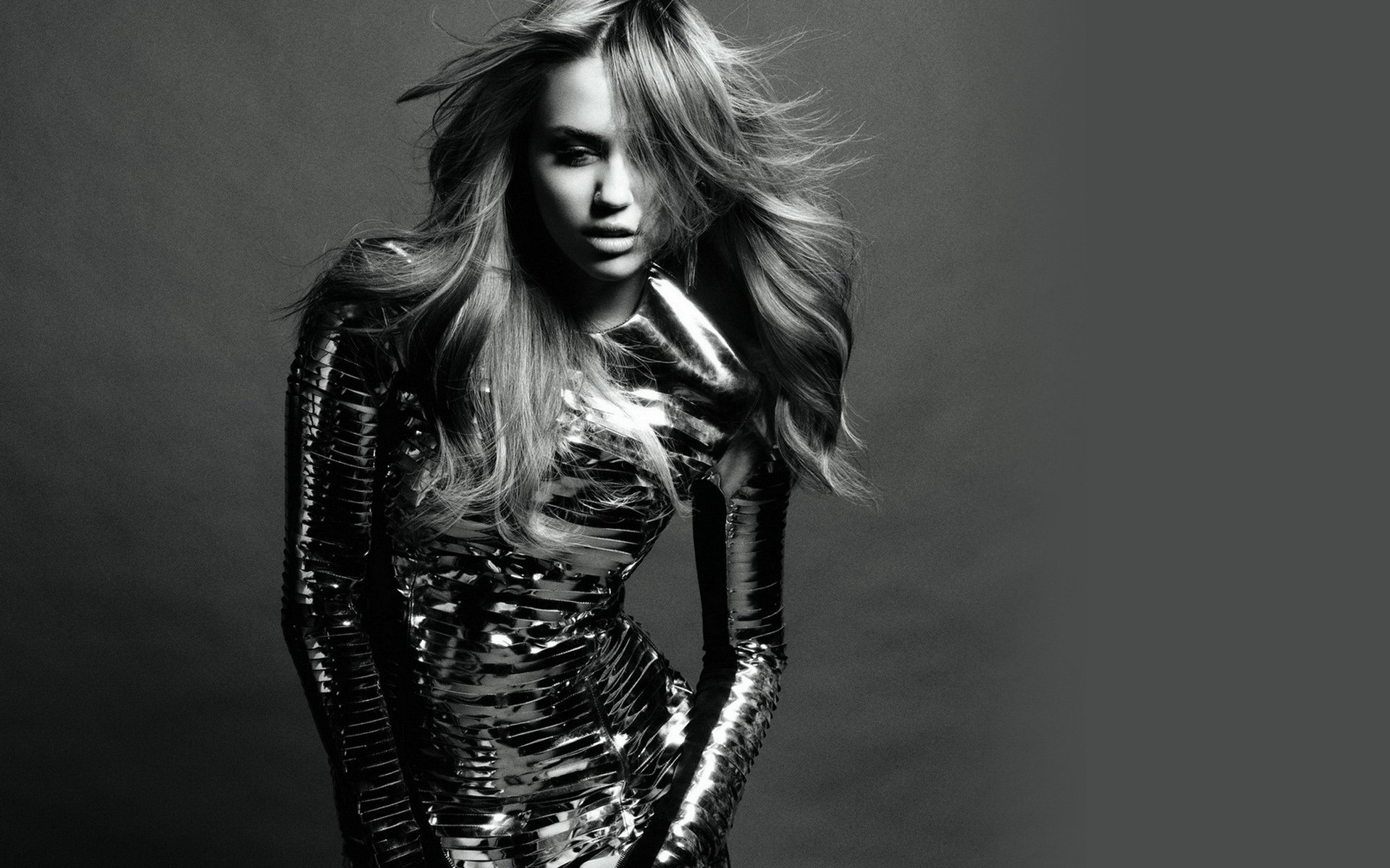 Miley Cyrus Full HD Wallpaper And Background Image