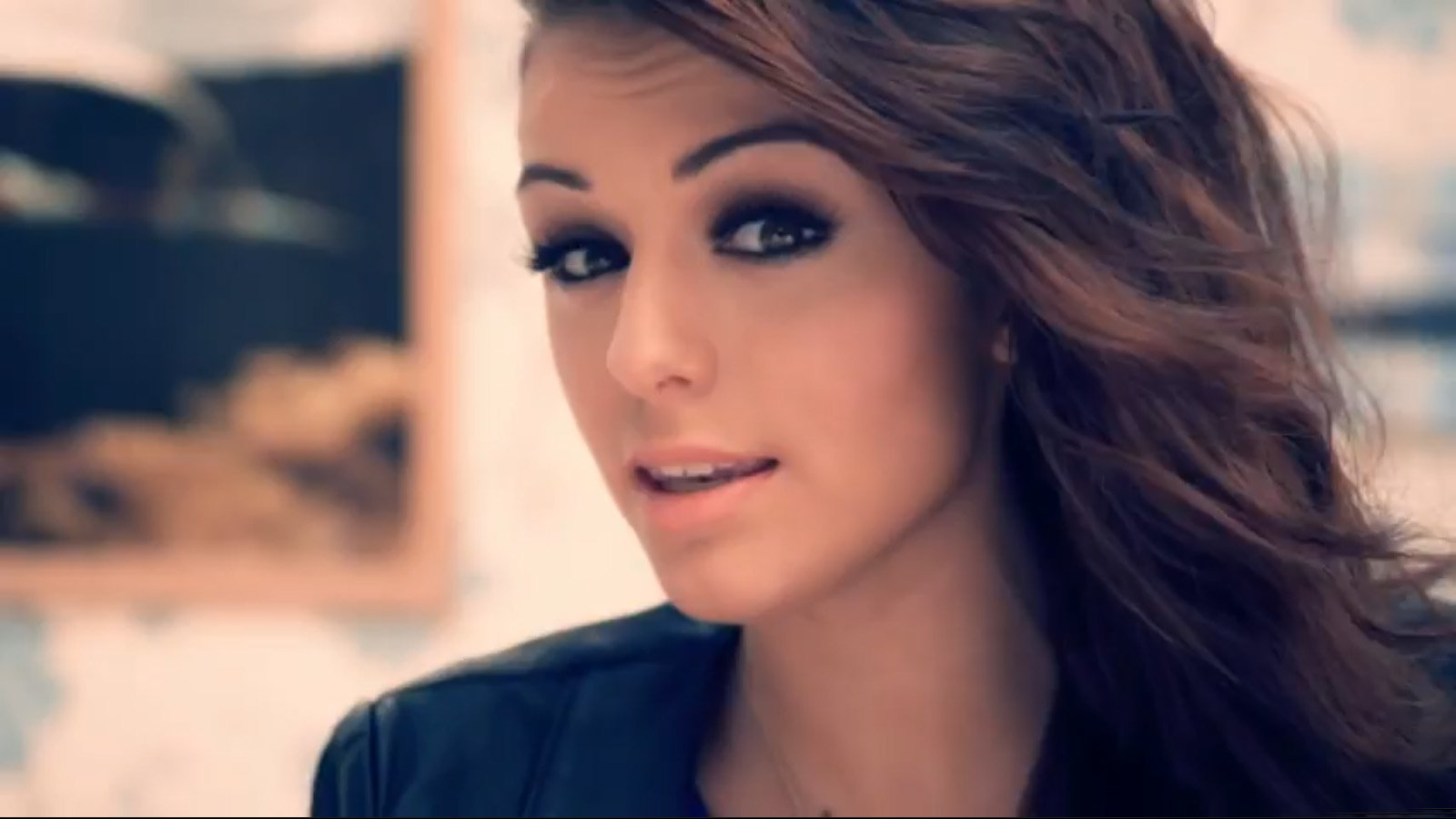 Cher Lloyd Hd Wallpapers Background Images Wallpaper Abyss