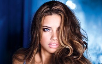 Celebrity - Adriana Lima Wallpapers and Backgrounds ID : 322904