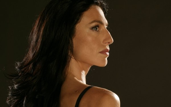 TV Show Farscape Claudia Black Aeryn Sun HD Wallpaper | Background Image