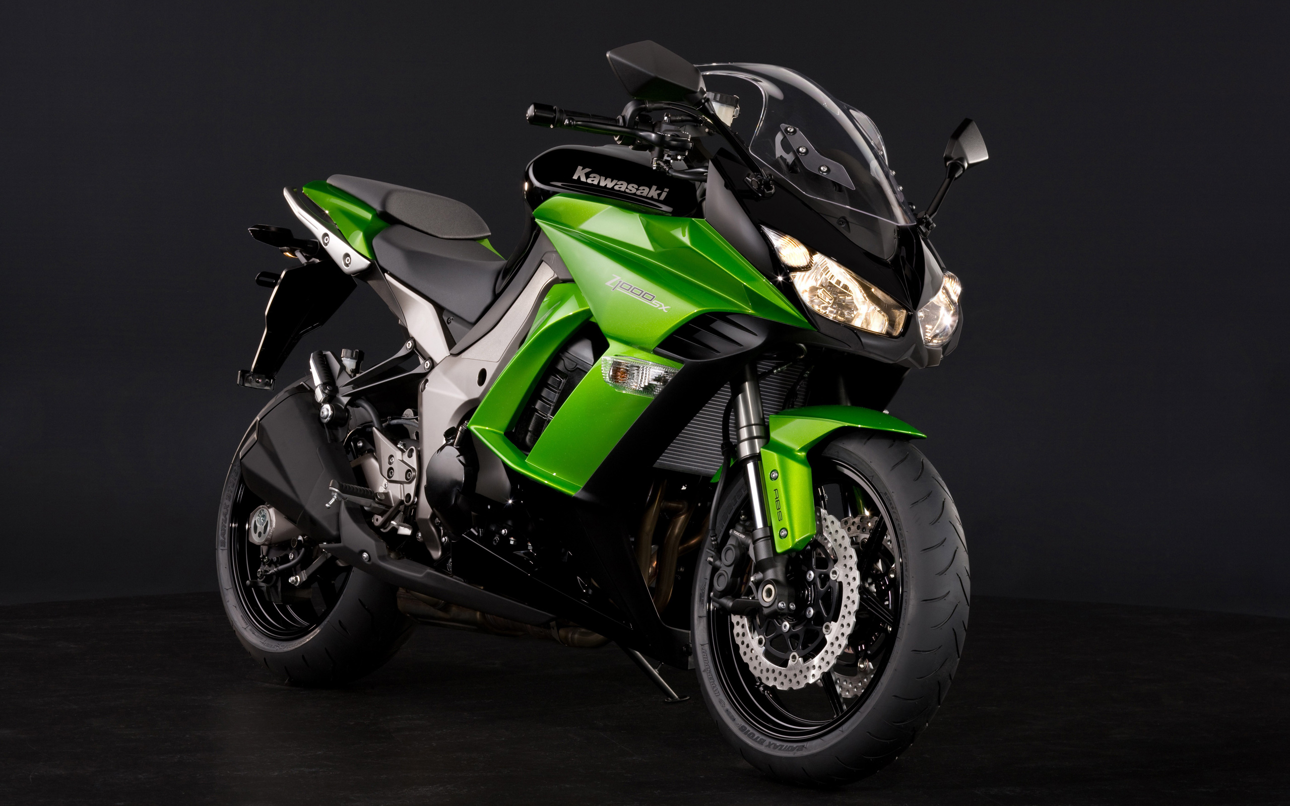 Kawasaki Z1000SX HD Wallpaper