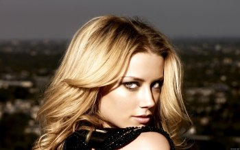 Celebrity - Amber Heard Wallpapers and Backgrounds ID : 325984