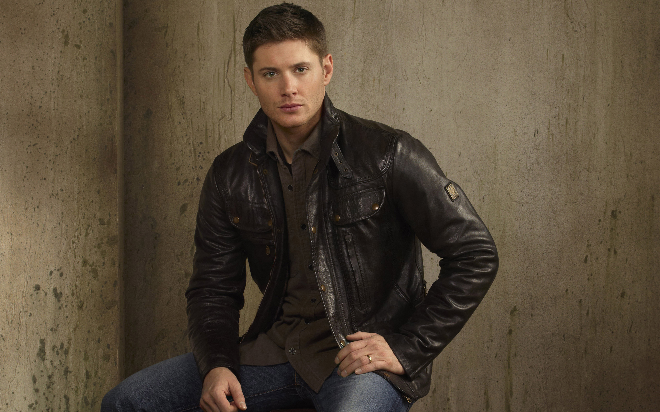 Dean Winchester Jensen Ackles Supernatural HD Wallpaper