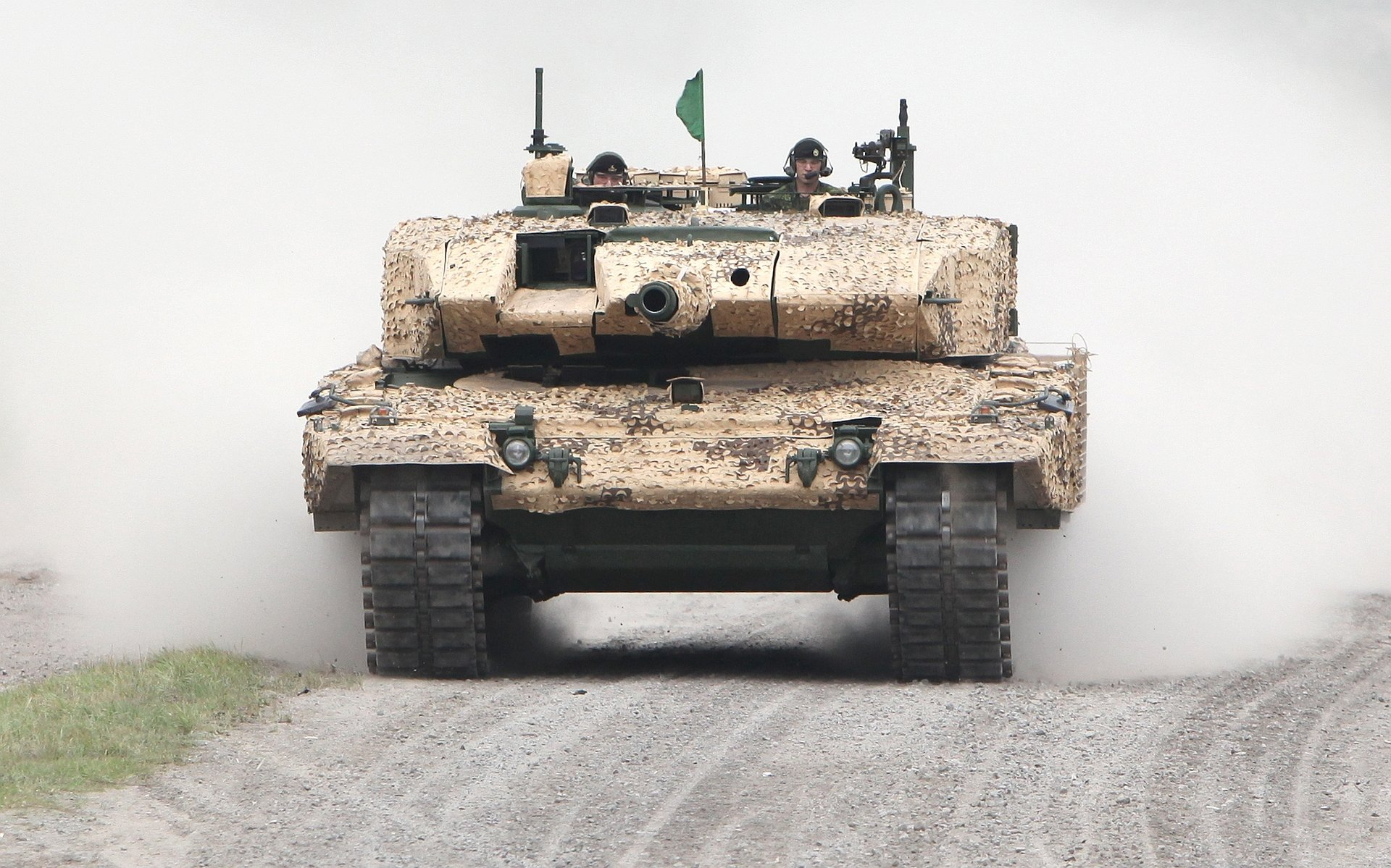 Military - Tank  Wallpaper