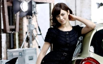 Celebrity - Olga Kurylenko Wallpapers and Backgrounds ID : 329873