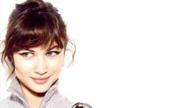 Celebrity - Olga Kurylenko Wallpapers and Backgrounds ID : 333046