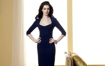 Berühmte Personen - Anne Hathaway Wallpapers and Backgrounds ID : 338099