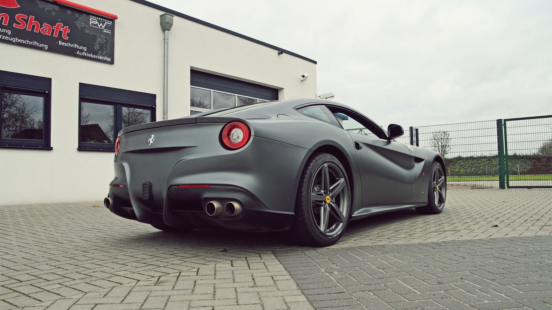 Ferrari F12berlinetta Full HD Wallpaper and Background ...