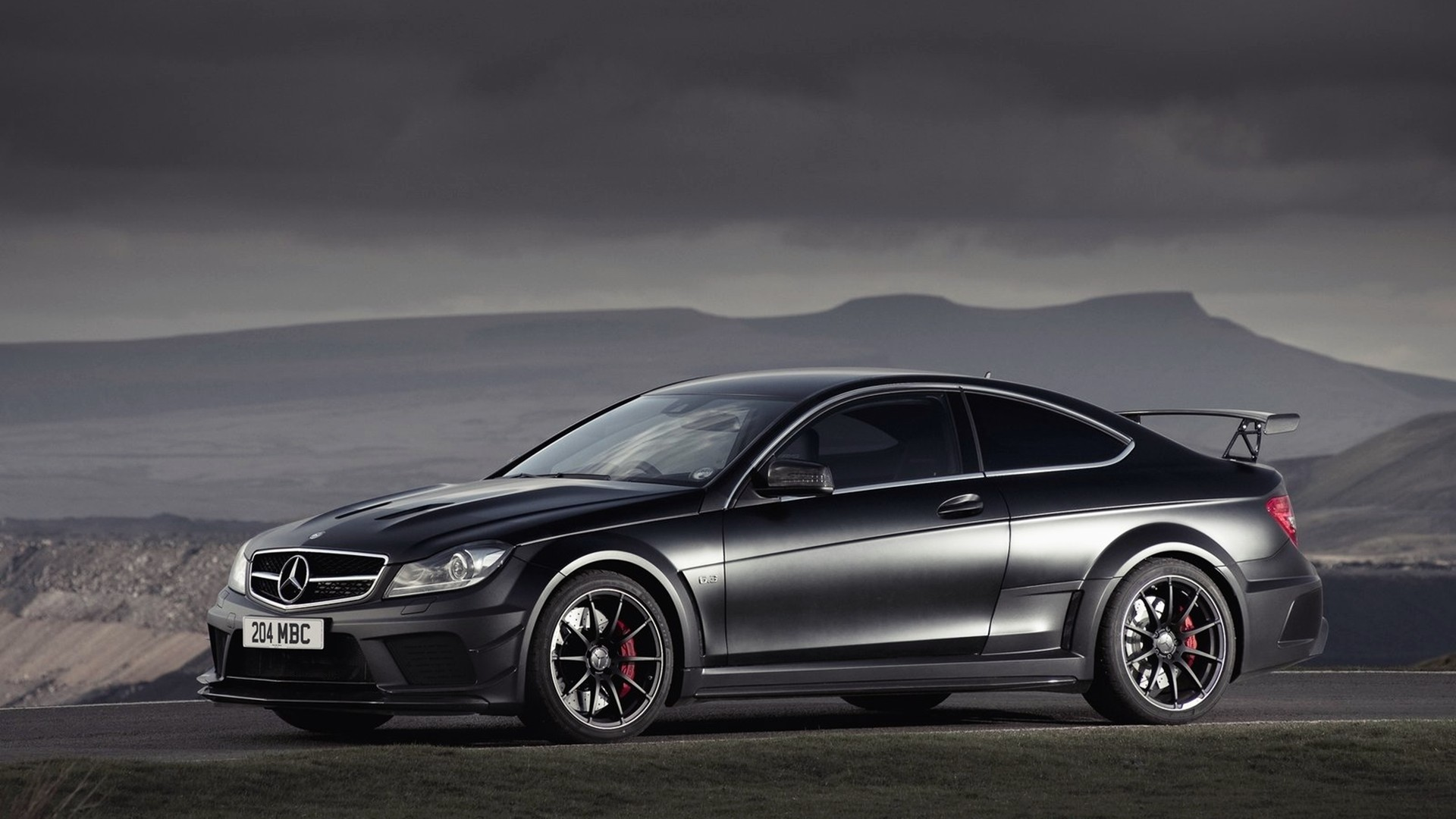 2 mercedes benz c63 amg hd wallpapers backgrounds for Mercedes benz c 63