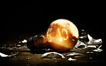 Man Made - Lightbulb Wallpapers and Backgrounds ID : 353581