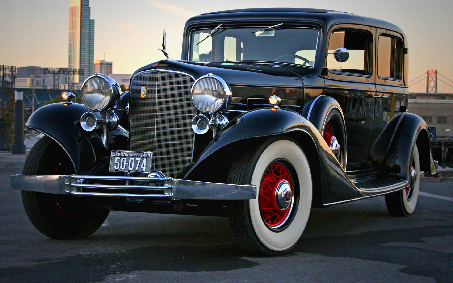 1 1933 Cadillac V8 355c Sedan Hd Wallpapers Backgrounds Wallpaper Abyss