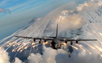 Militär - Lockheed AC-130 Wallpapers and Backgrounds ID : 361590