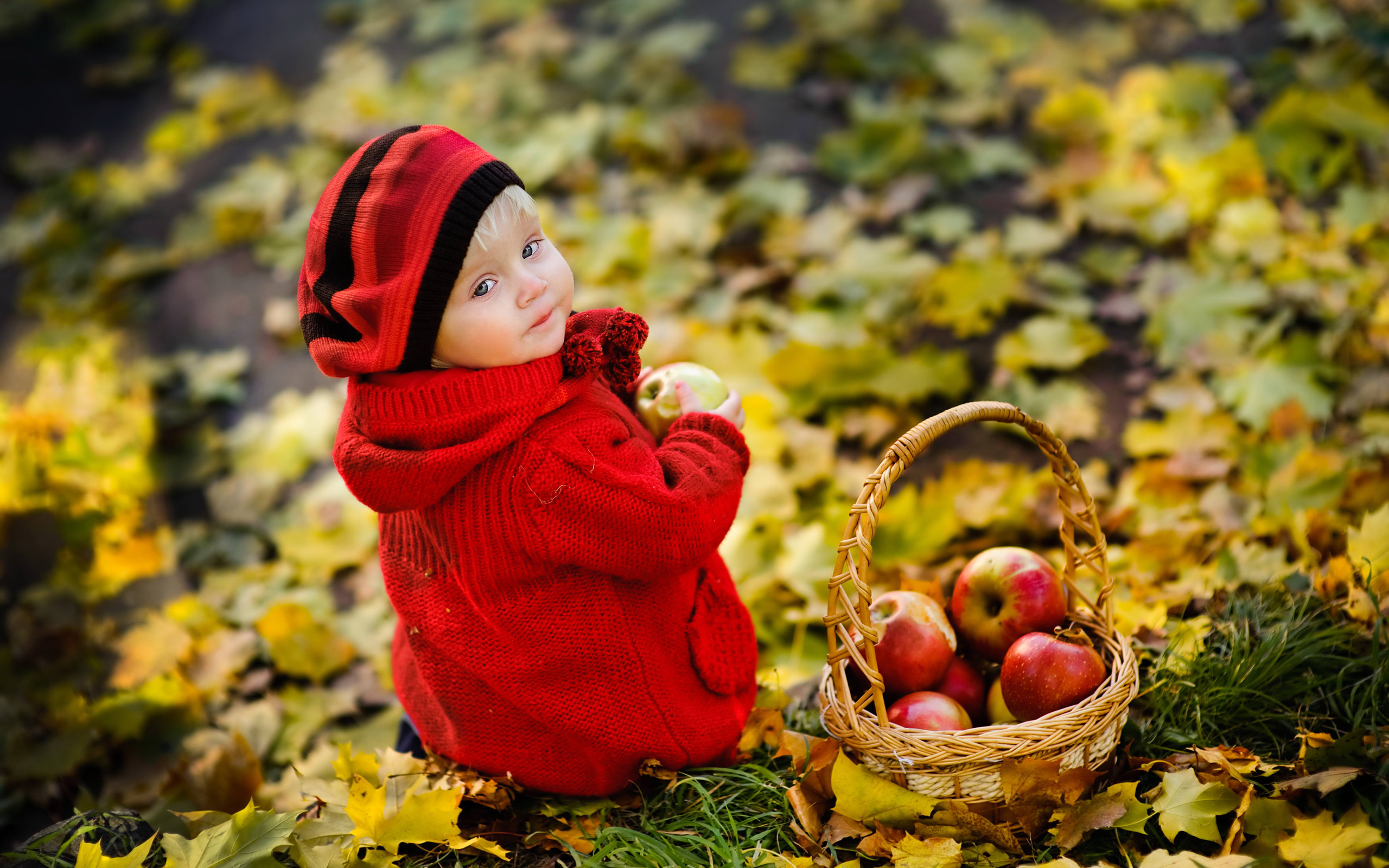 859 child hd wallpapers background images wallpaper abyss hd wallpaper background image id369016 2560x1600 photography child altavistaventures Choice Image