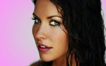 Celebrity - Evangeline Lilly Wallpapers and Backgrounds ID : 369837
