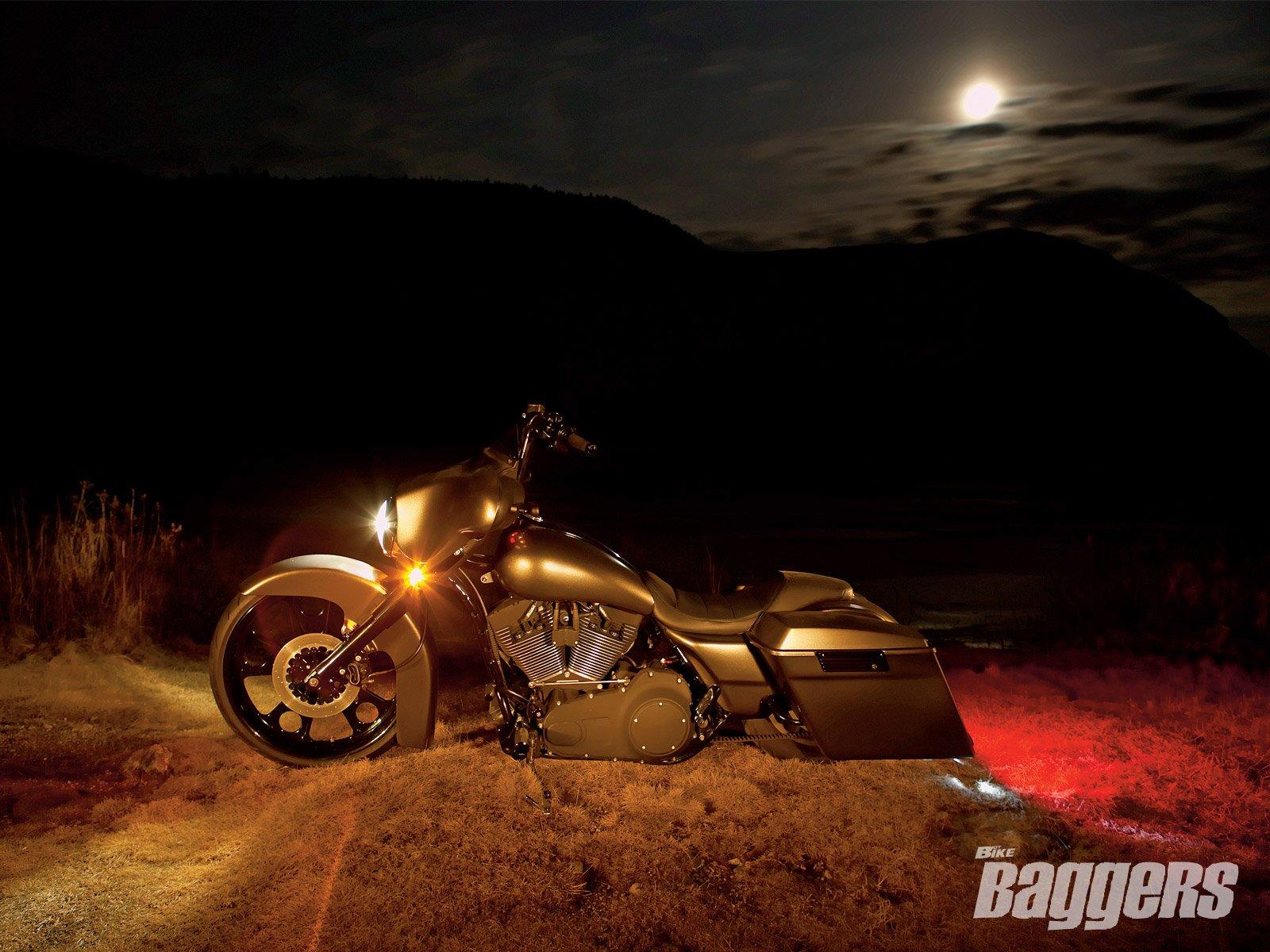 1 2007 Harley Davidson Chopped Street Glide Hd Wallpapers