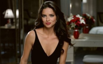Berühmte Personen - Adriana Lima Wallpapers and Backgrounds