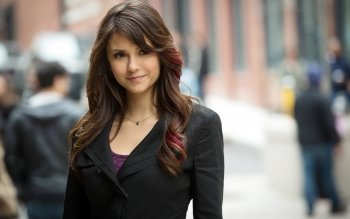 Berühmte Personen - Nina Dobrev Wallpapers and Backgrounds ID : 396287