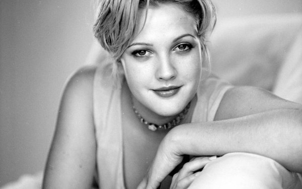 Celebrity Drew Barrymore Actresses United States HD Wallpaper   Background Image