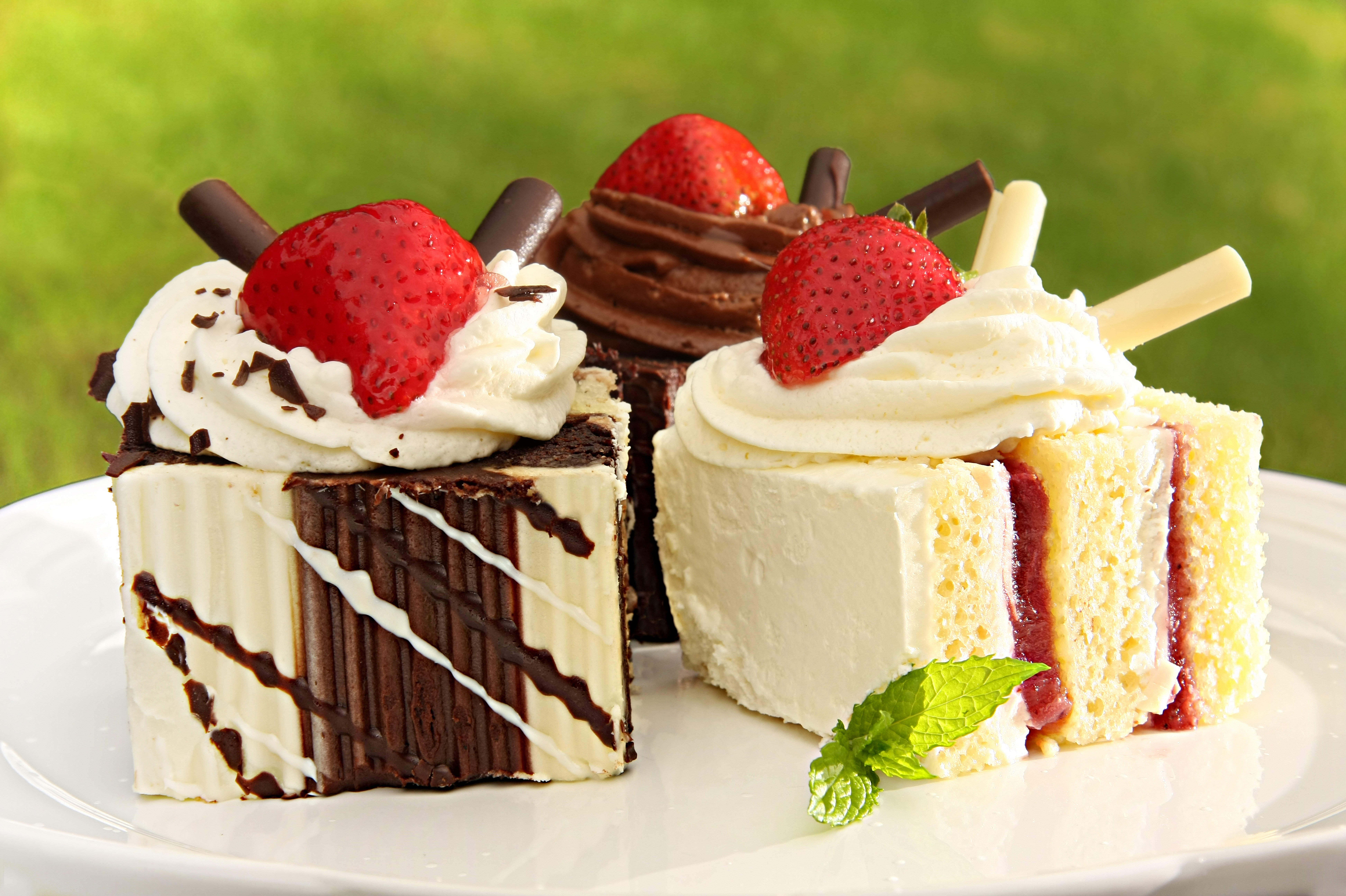 Ultra Foods Cakes
