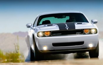 Fordon - Dodge Challenger SRT Wallpapers and Backgrounds ID : 405635