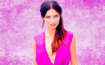 Celebrity - Adriana Lima Wallpapers and Backgrounds ID : 415471