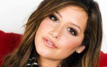 Celebrity - Ashley Tisdale Wallpapers and Backgrounds ID : 420884
