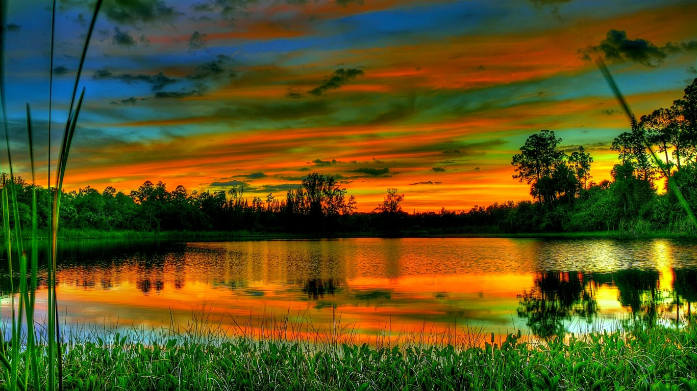 Desktop Wallpaper 1366x768: So Peaceful Wallpaper And Background Image