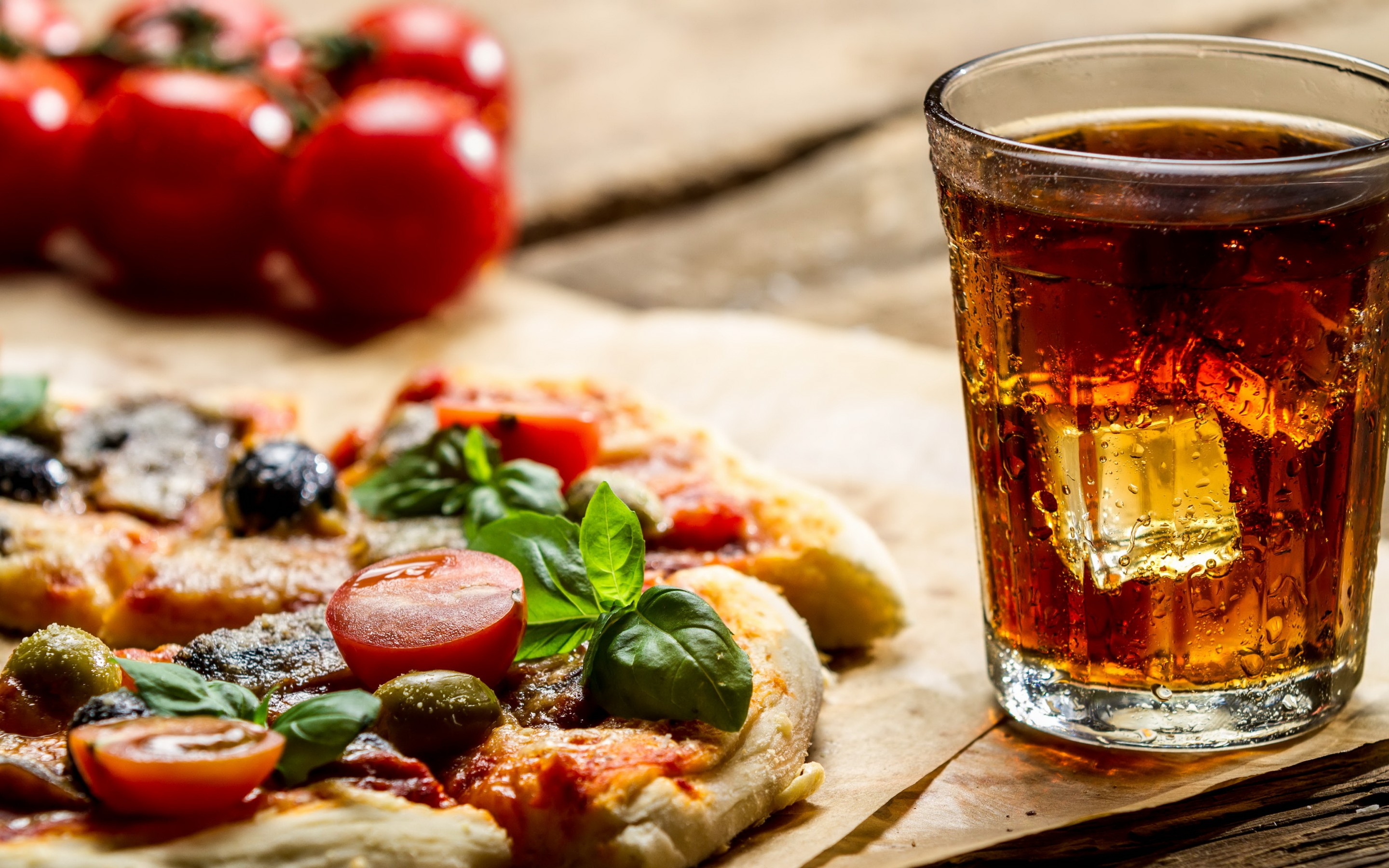 Food And Drink: Pizza HD Wallpaper