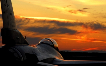 Military - General Dynamics F-16 Fighting Falcon Wallpapers and Backgrounds ID : 423877