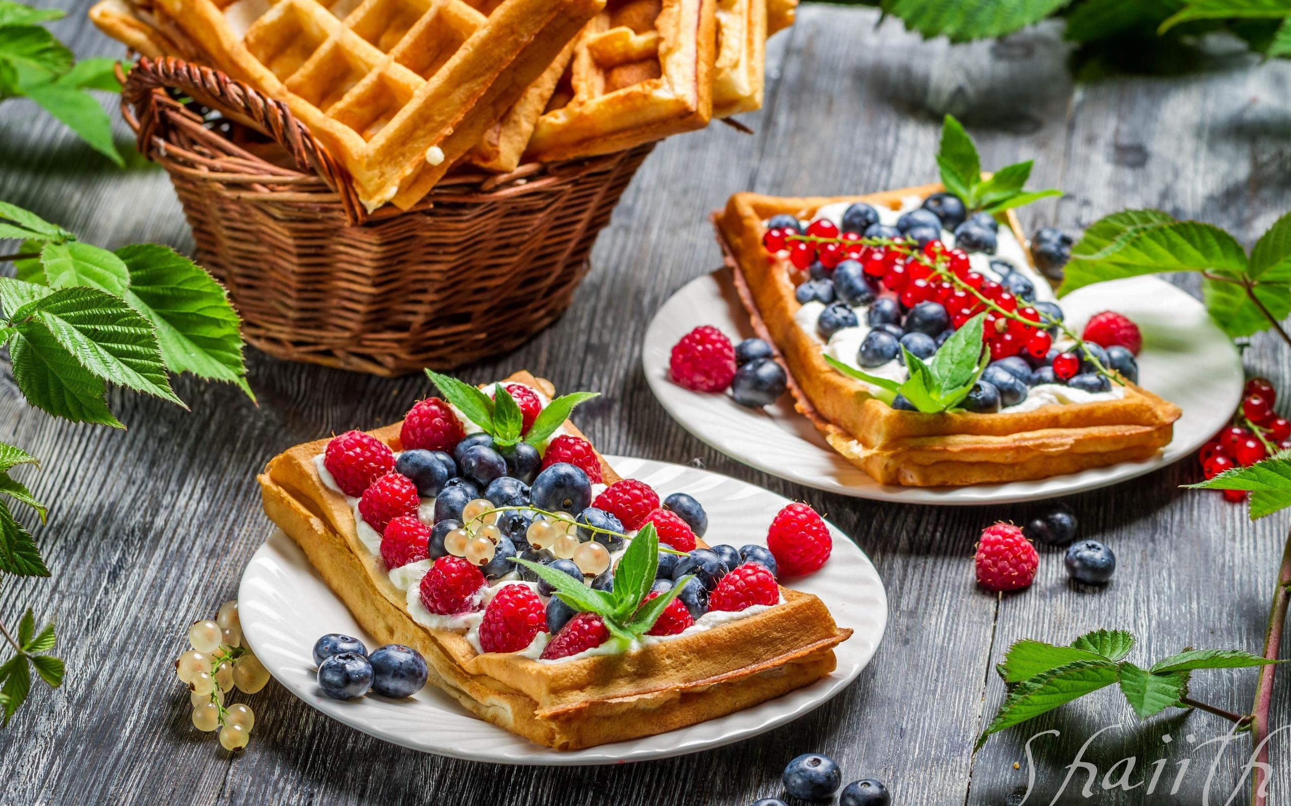 waffles wallpaper 2560x1600 - photo #5