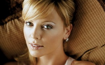 Celebrity - Charlize Theron Wallpapers and Backgrounds ID : 431628
