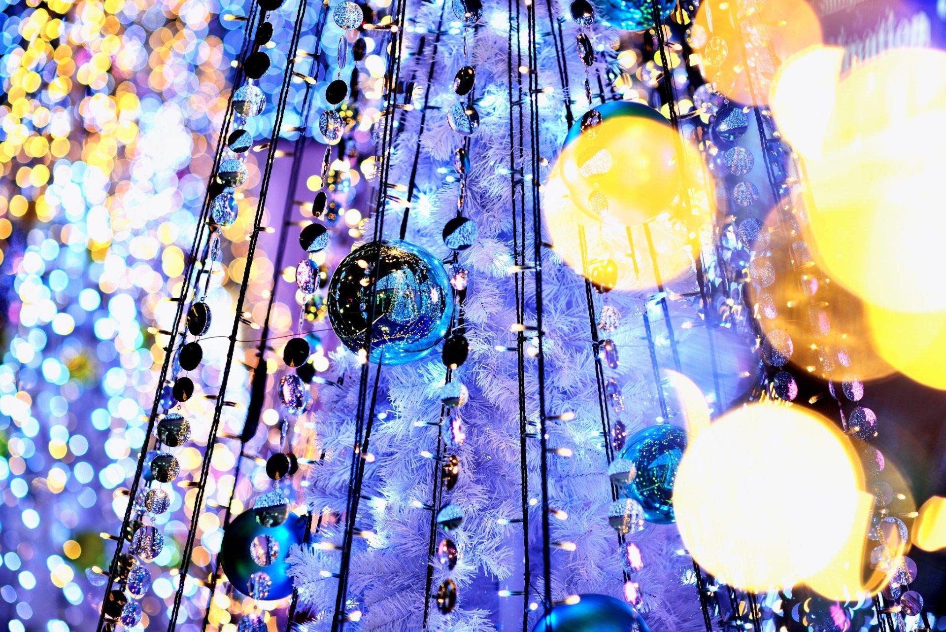 Holiday - Christmas  Christmas Ornaments Christmas Lights Wallpaper