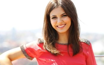 Celebrity - Victoria Justice Wallpapers and Backgrounds ID : 433234