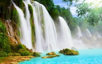Earth - Waterfall Wallpapers and Backgrounds ID : 440286
