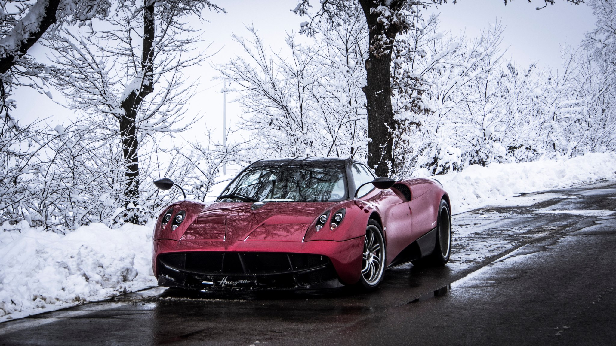 Pagani Huayra Full HD Wallpaper and Background Image ...