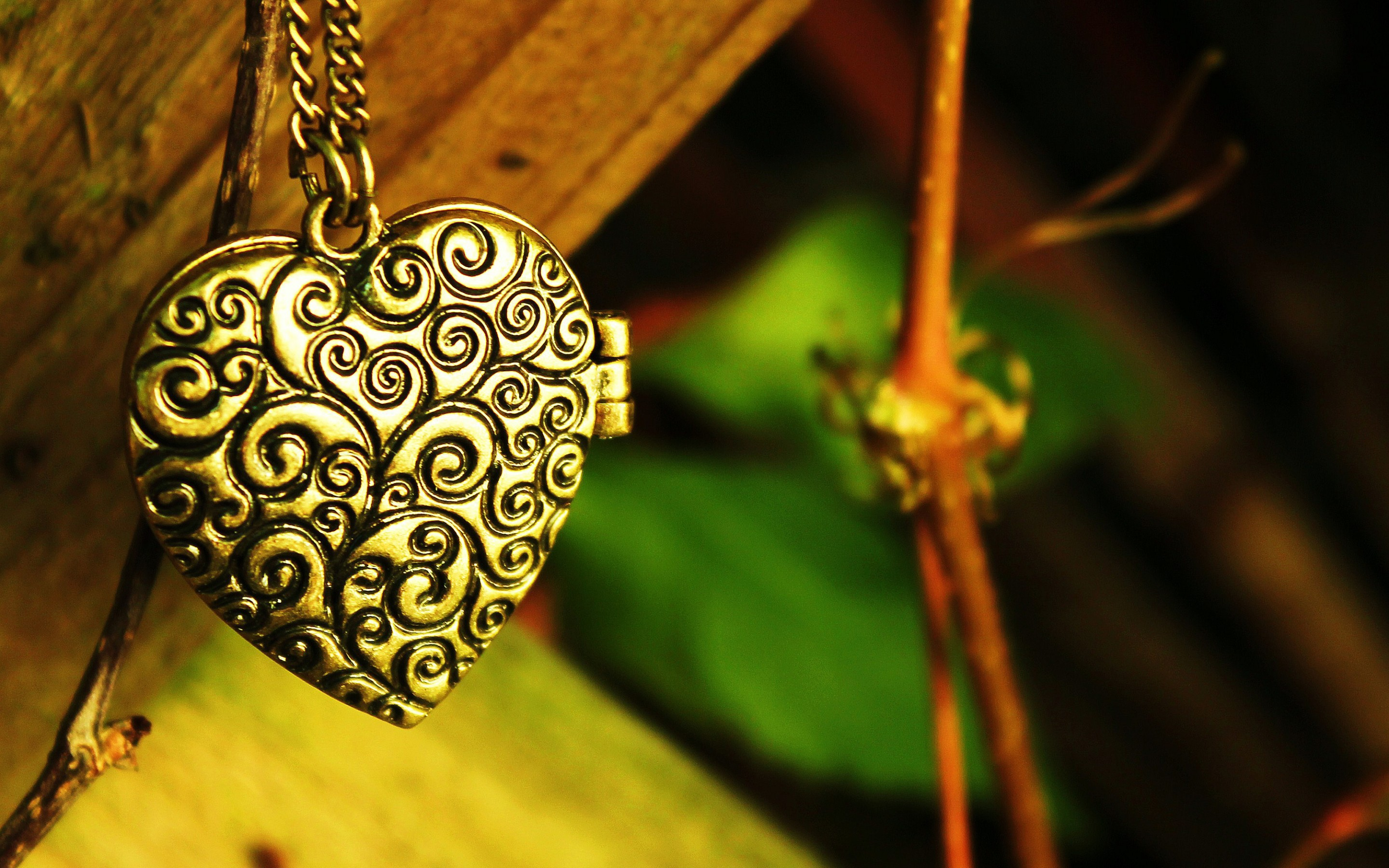 Love Jewellery Wallpaper : Jewelry computer Wallpapers, Desktop Backgrounds 2880x1800 ID:451074