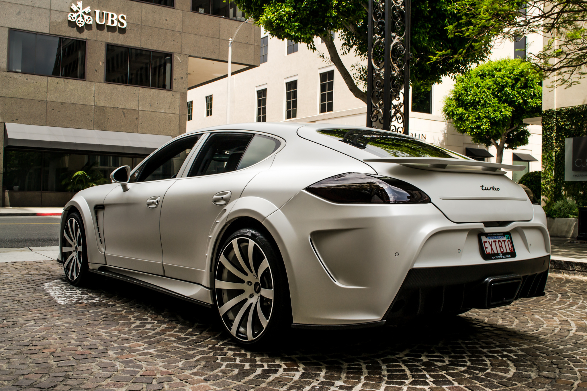 Porsche Panamera HD Wallpaper