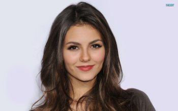Celebrity - Victoria Justice Wallpapers and Backgrounds ID : 451570