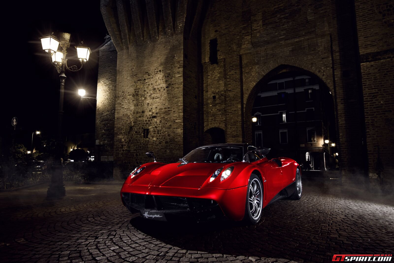 Pagani Huayra Wallpaper and Background Image | 1600x1067 ...