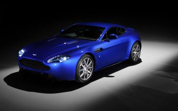 Vehicles - Aston Martin V8 Vantage Wallpapers and Backgrounds ID : 469806