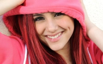 Celebrita' - Ariana Grande Wallpapers and Backgrounds ID : 473058