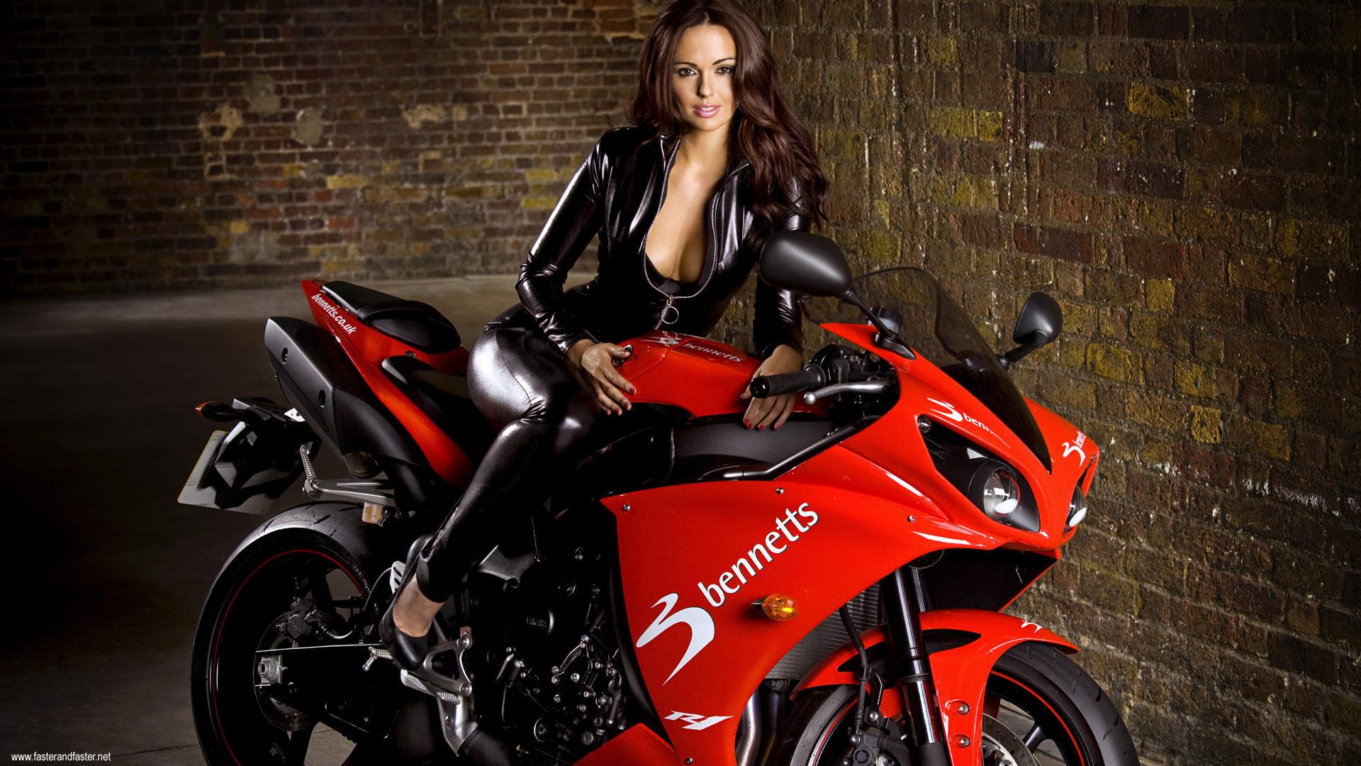 Motorcycle Girl Wallpaper: Jennifer Metcalfe HD Wallpaper