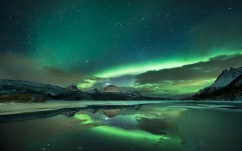 Earth - Aurora Borealis Wallpapers and Backgrounds ID : 493992