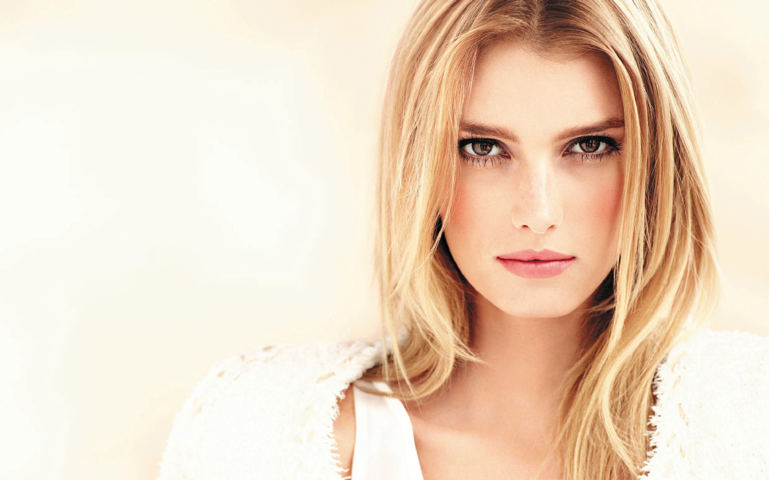 Sigrid Agren Full HD Wallpaper and Background Image ...