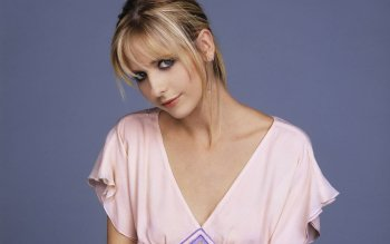 Celebrity - Sarah Michelle Gellar Wallpapers and Backgrounds ID : 495679