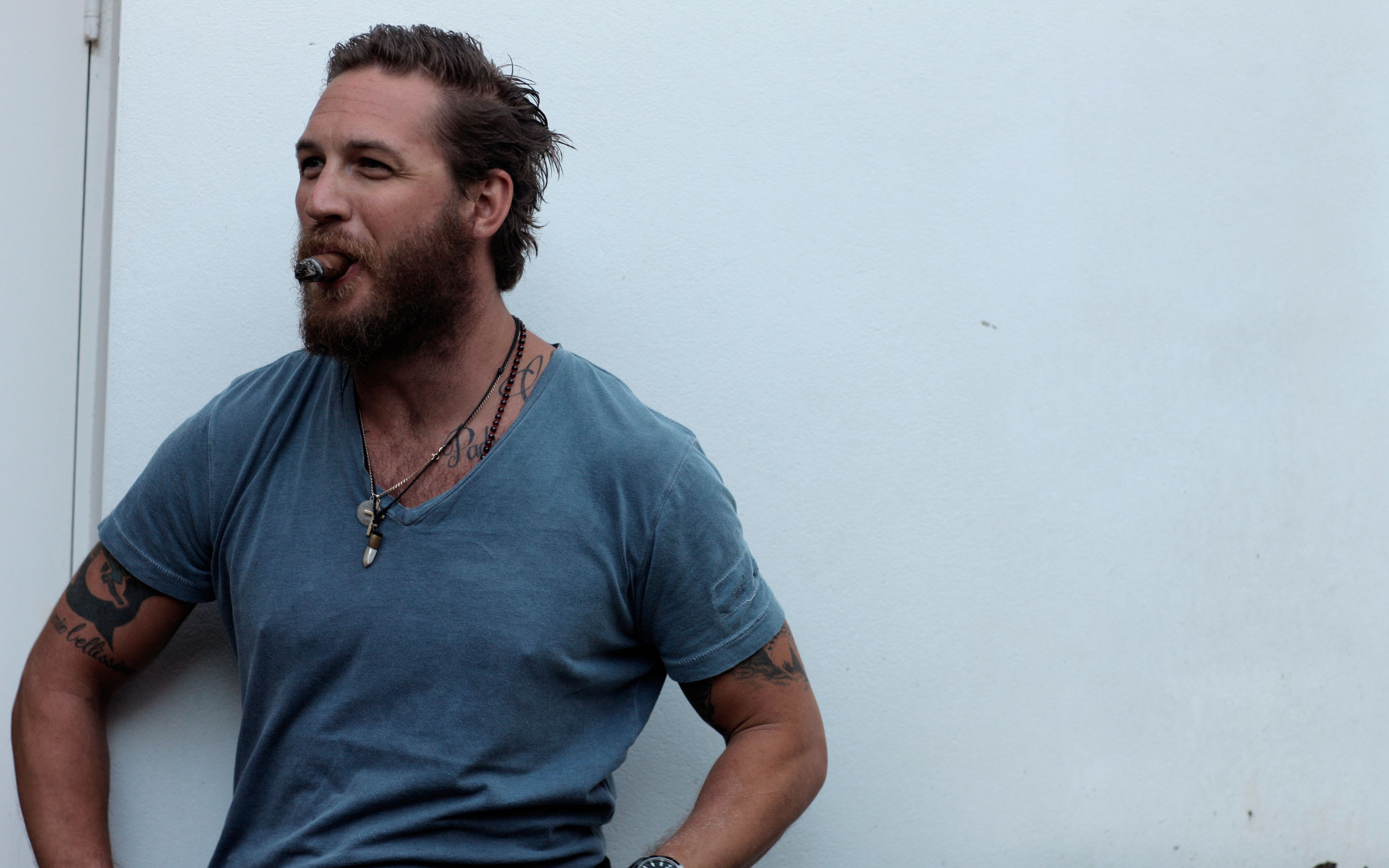 Tom Hardy Hd Wallpaper Background Image 2880x1800 Id 498841 Wallpaper Abyss