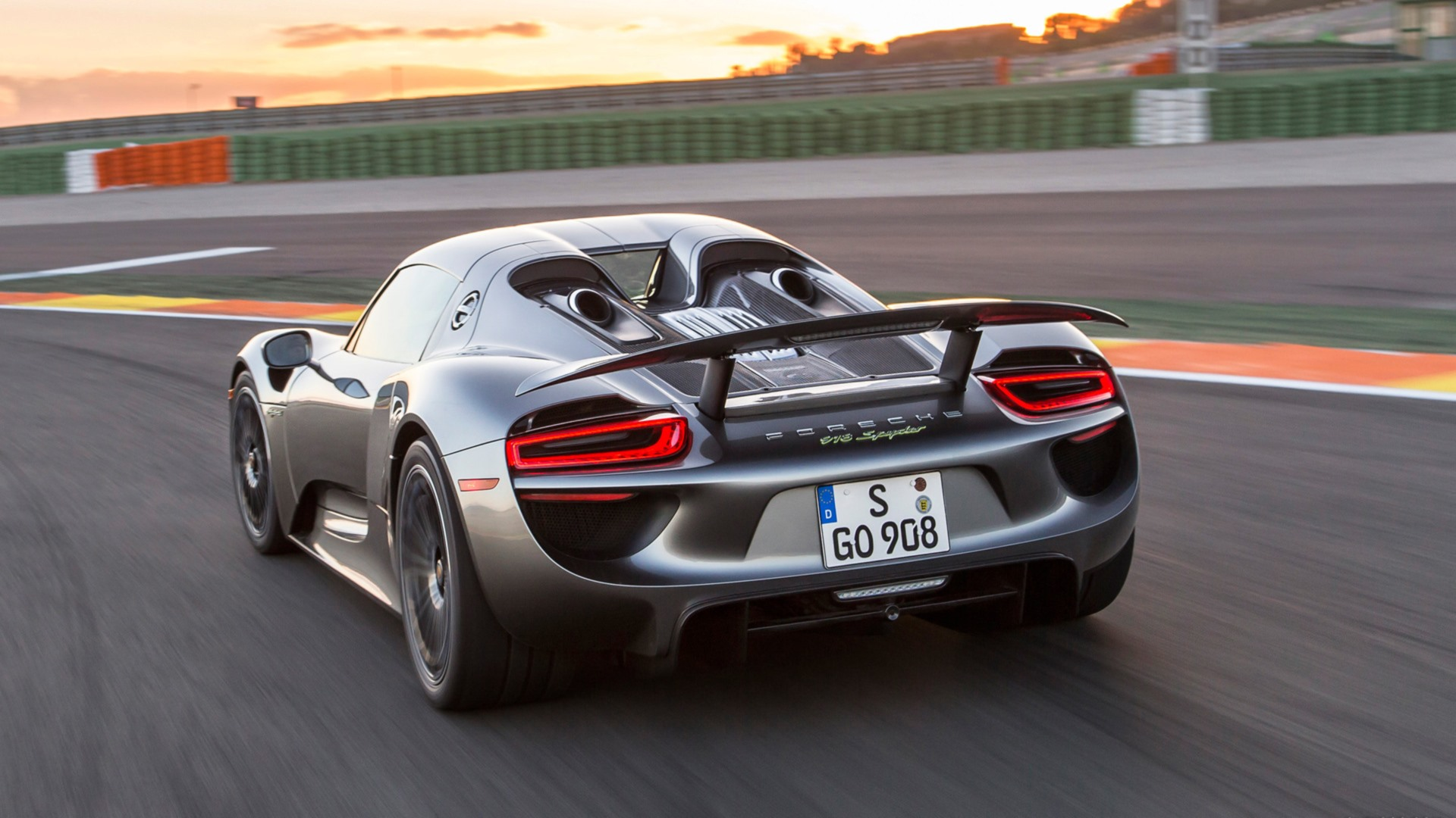 59 porsche 918 spyder hd wallpapers backgrounds wallpaper abyss page 2 - Porsche 918 Spyder Wallpaper